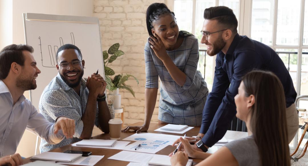 ¿Cómo alinear los equipos de marketing y ventas?